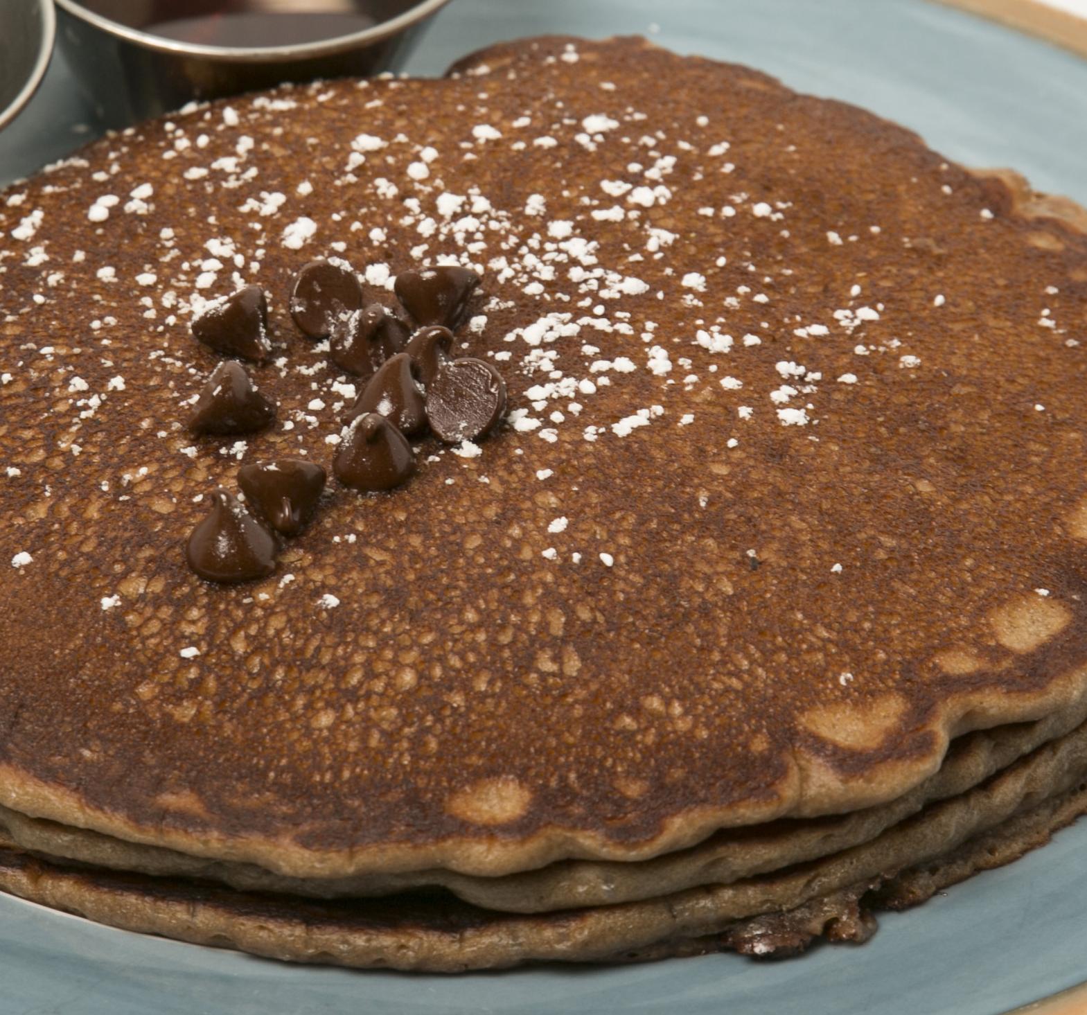 キングスのパンケーキメニューは7種類、こちらはマカデミアナッツパンケーキ。